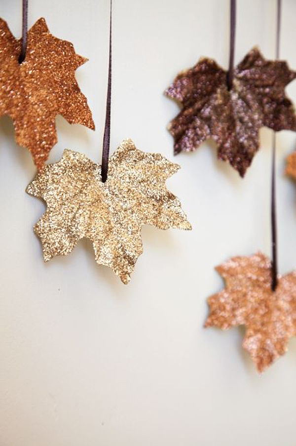 20+ DIY Leaf Craft Projects For Your Home and Garden