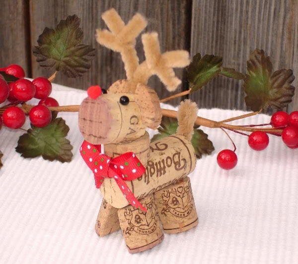 20 Brilliant DIY Wine Cork Craft Projects For
