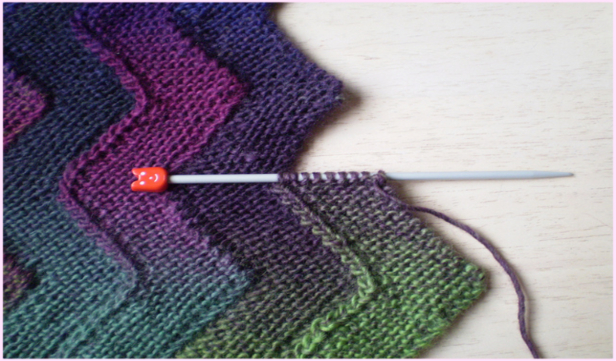 Garter Stitch Knit Ten Stitch Zigzag Blanket Free Knitting