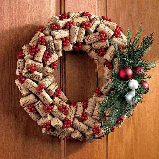 20-Brilliant-DIY-Wine-Cork-Craft-Projects-for-Christmas-Decoration11.jpg