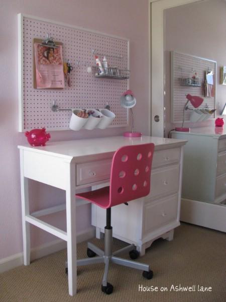 25-DIY-Best-Ways-to-Organize-Kids-Room11.jpg