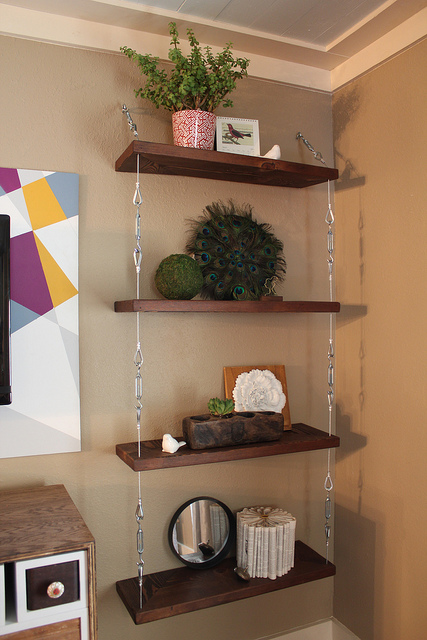 Top-20-Brilliant-DIY-Shelves-to-Beautify-Your-Home10.jpg
