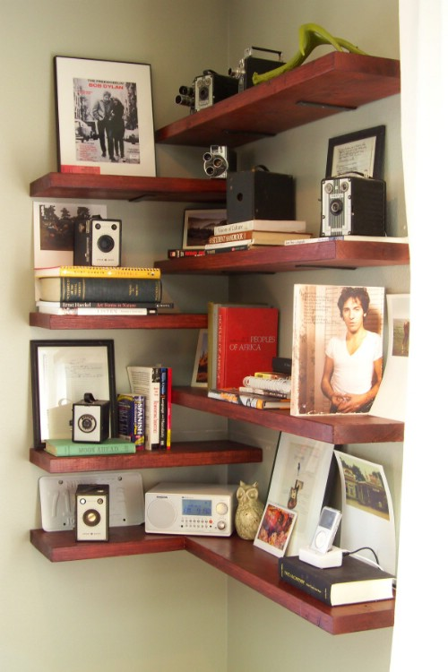 Top-20-Brilliant-DIY-Shelves-to-Beautify-Your-Home7.jpg