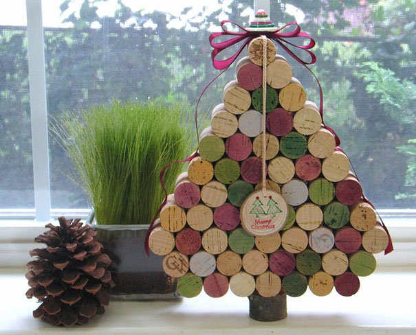 20-Unique-DIY-Christmas-Tree-Ideas-and-Projects-Anyone-Will-Love18.jpg