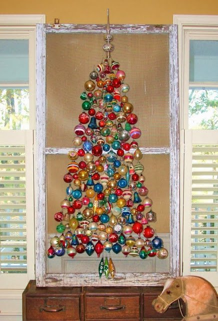 20-Unique-DIY-Christmas-Tree-Ideas-and-Projects-Anyone-Will-Love19.jpg