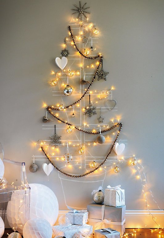 20-Unique-DIY-Christmas-Tree-Ideas-and-Projects-Anyone-Will-Love2.jpg
