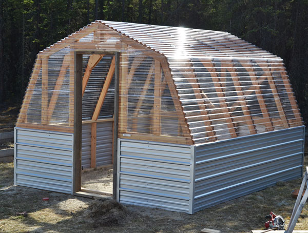 DIY Barn Greenhouse Tutorial