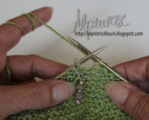 Knit Arrow Caterpillar Pfeilraupe Scarf Free Pattern