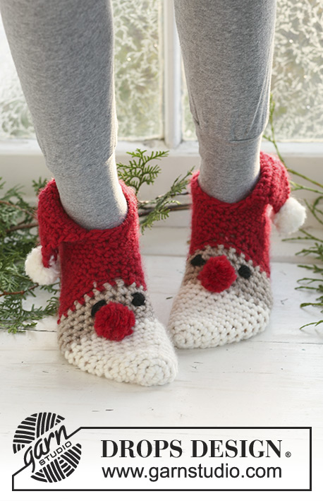 Crochet Christmas Adult Slippers Free Patterns - Crochet Sneaky Santa Christmas slippers Free Pattern