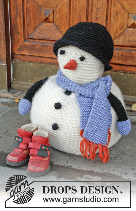 Knit Snowman With Scarf and Hat Free Pattern